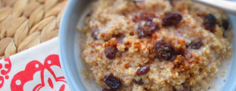 quinoa cu lapte de migdale si merisoare Alexandra Alexandru specialist nutritie
