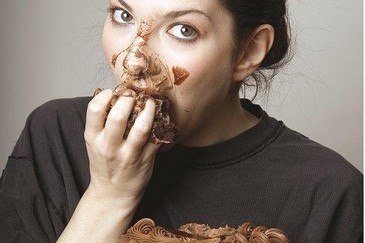 Principalele 7 cauze ale poftelor alimentare